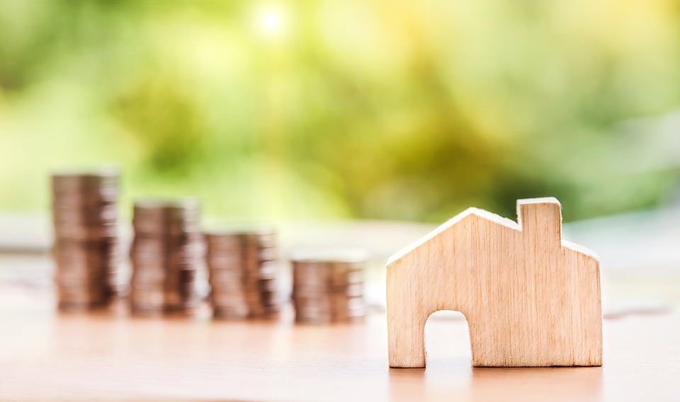 What's a Seller-Financed Mortgage and Should I Consider One?