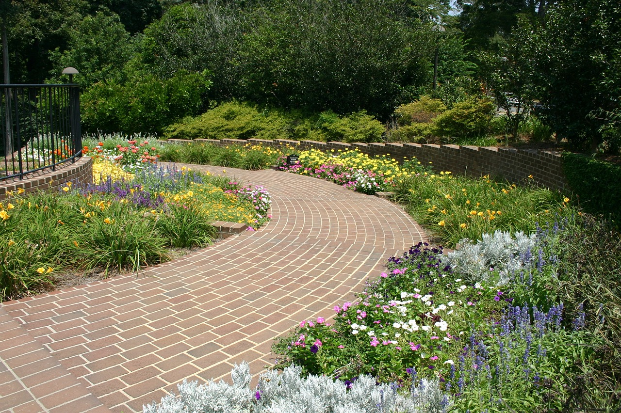 Tips for Adding Hardscaping to Your Outdoor Spaces
